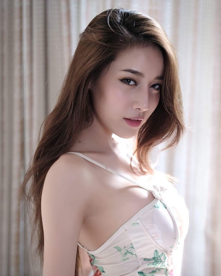 hot girl from thailand