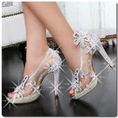 com.guinevereemilio.weddingshoes icon
