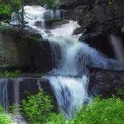 Swift waterfall live wallpaper 1.4