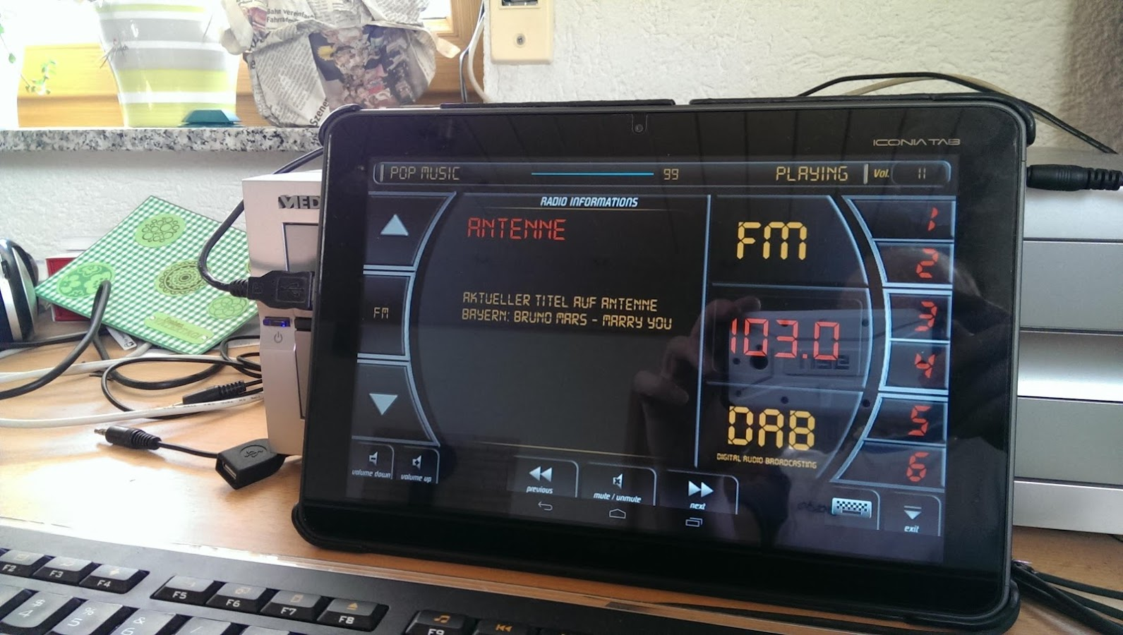 DAB/FM MonkeyBoard Radio Pro APK Download - Android Music